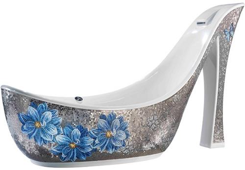 hight-heeled-shoe-shaped-bathtubs-from-sicis-2