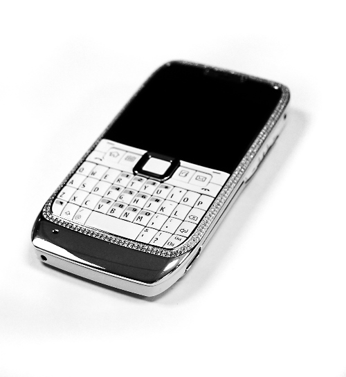 nokia-e71-white-diamond-encrusted-luxury-cell-phone-5