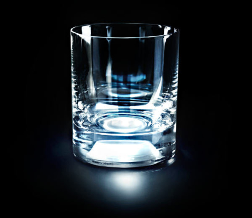 Luminarus Whisky Glass by GlasShine Lights up When you Hold it