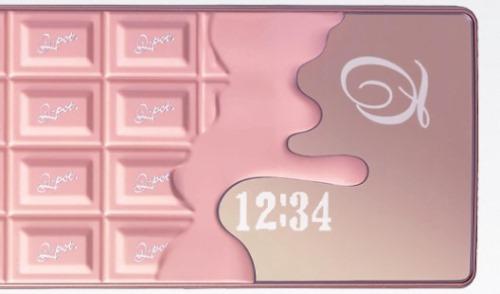 NTT Docomo SH-04b The Chocolate Phone by Q-Pot (6)
