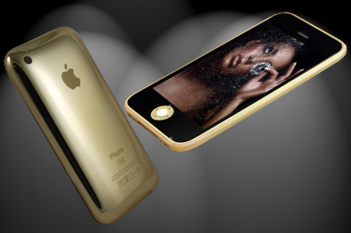 New iPhone 3GS in 18ct Gold and Swarovski Crystals