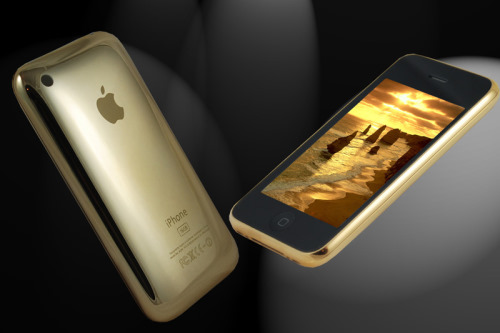 iPhone 3GS Covered in 18ct Gold