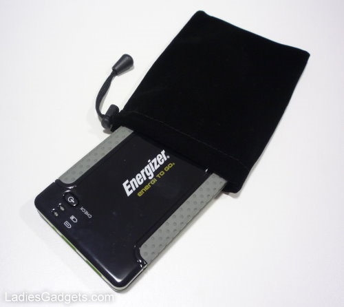 Energizer XP4001 Portable Charger Hands on Review (10)