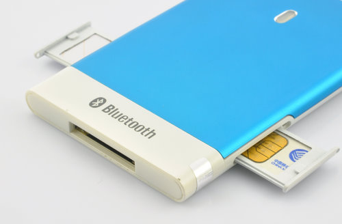 Slim Device Enables Dual SIM Functionality to Tablets and Smartphones (4)