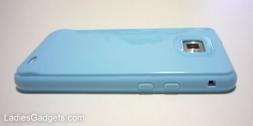 Hands on Review Sky Blue Gel Skin Case (10)