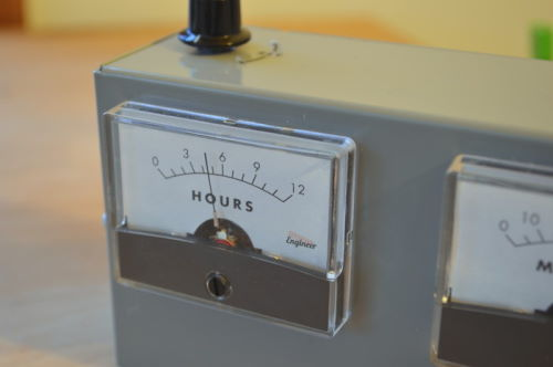 analog voltmeter clock (3)